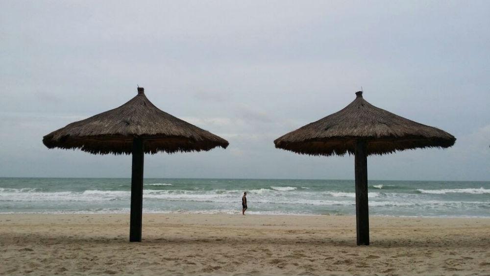 Sid walking by the Club Mediterranean Beach